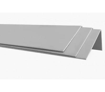 Уголок крепежный ПВХ/металл 50*30 мм., наружный